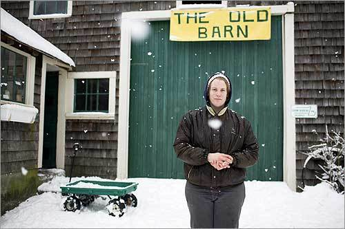 Twenty-eight-year-old Terri Lawton, owner and manager of Oake Knoll Ayrshires in Foxborough, persuaded her parents to let her switch part of the family's herd to raw-milk production.