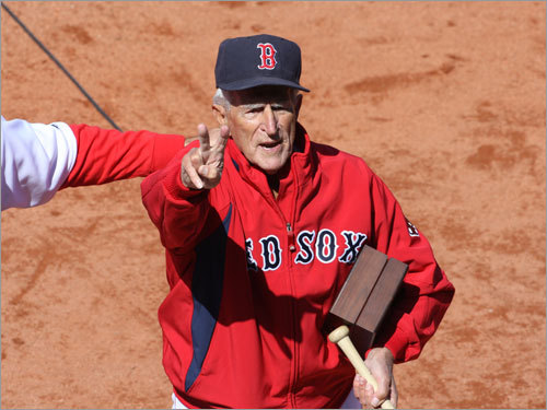 Johnny Pesky acknowledged the cheers of the Fenway faithful.