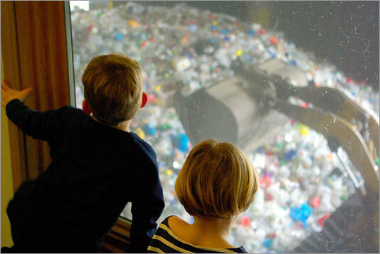 Children's garbage museum