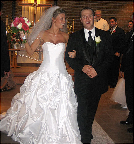 Kelli Hatley and Dustin Pedroia got married in November 2006. Both had attended Arizona State University.