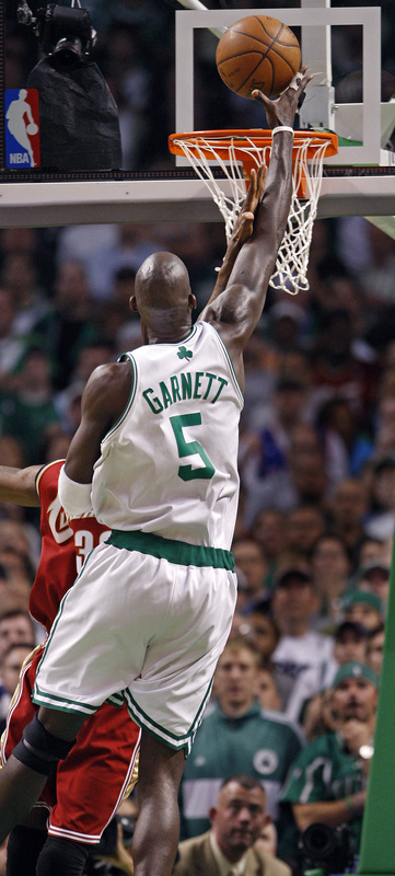 Boston's Kevin Garnett releases the ball on what would turn out to be the game-winning points as he breaks a 72-72 tie late in the game.