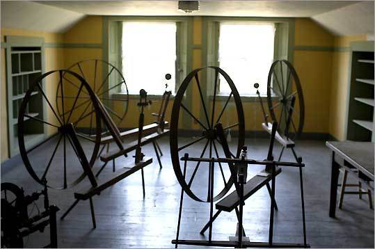 Enfield spinning room