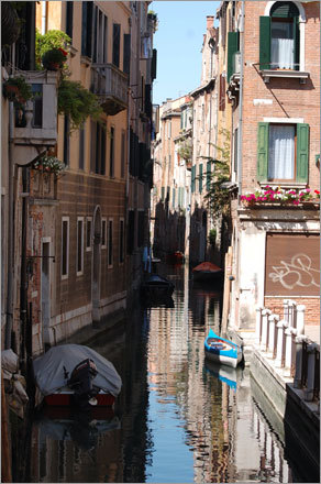 'I had been to Venice about 5 years ago but only for a short time and only equipped with a tiny touch and shoot camera.'