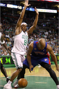 Rondo's defense caused Detroit point guard Chauncey Billups to lose the ball off his foot.