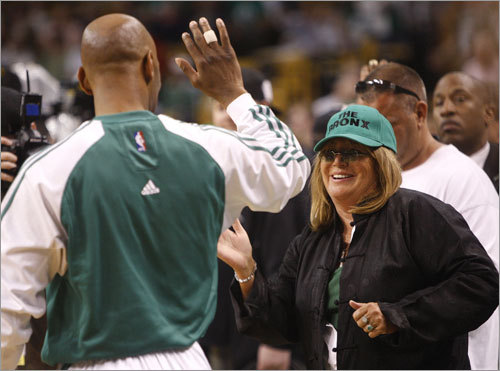 Actress and director Penny Marshall high fived Sam Cassell during warm-ups prior to Game 5.