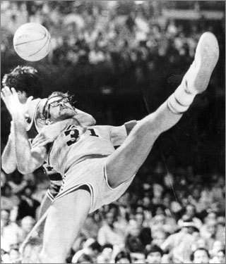 Honorable mention -- Game 4, 1984 -- McHale takes down Rambis Game 4 is going south fast for the Celtics until Kevin McHale ruins a layup attempt by the Lakers' Kurt Rambis with a clothesline. The incident riles up both squads, but charges up the Celtics even more. They erase a five-point Laker lead in the final minute to force overtime, then come away with a 129-125 victory to even the series at 2-2.