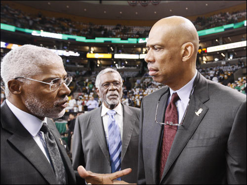 NBA Hall of Famers Julius Erving (left) Bill Russell (center)and Kareem Abdul-Jabbar (right) spoke on the floor before the game.
