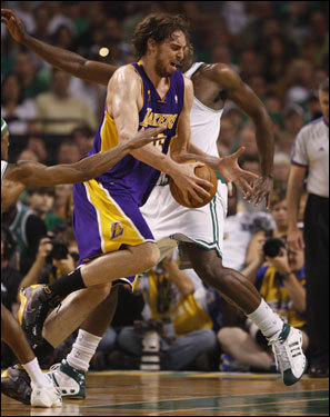 Lakers center Pau Gasol drove to the basket in the first half.
