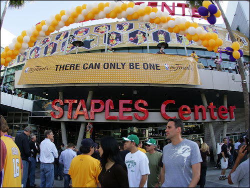 Fans await the start of Game 3 of the NBA Finals between the Celtics and the Lakers outside of the Staples Center.