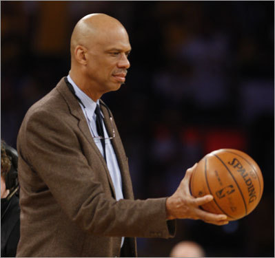 Lakers great Kareem Abdul-Jabbar was on the court before Game 4.