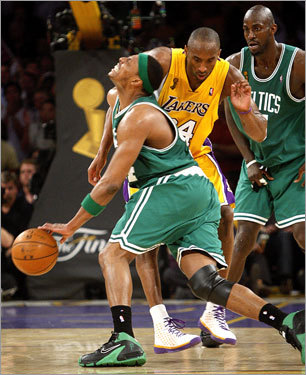 The Celtics brought the ball back up the floor, and with mere seconds remaining on the shot clock, Paul Pierce was able to draw a foul from Kobe Bryant as he attempted to drive to the lane. Doc Rivers called a timeout to discuss strategy, and coming out of it, Pierce drained both free throws. Pau Gasol got a dunk on the other end on a quick pass from Kobe Bryant, and the score stood 94-91 in Boston's favor.