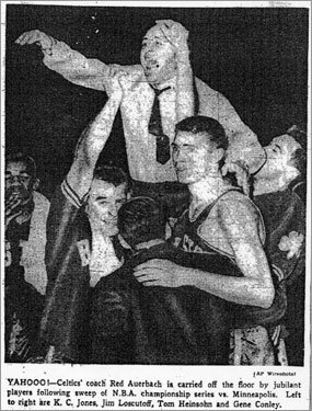 1959-1960 The Celtics got their first look at Philadelphia Warriors rookie Wilt Chamberlain in the Eastern Division finals, beating Wilt and the Warriors in six games. In the finals against the St. Louis Hawks, Bill Russell starred in Game 7, scoring 22 points and grabbing a stunning 35 rebounds, giving the Celtics their first back-to-back titles.
