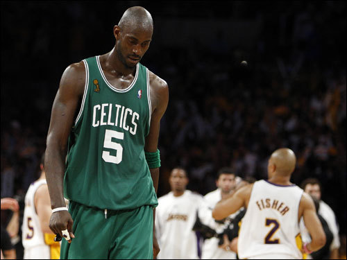 Kevin Garnett hung his head as he walked to the Celtics huddle after the Lakers took a late four-point lead in Game 5.