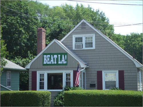 The Howards have decorated their West Roxbury house to reflect their rooting interests. Send us your Celtics tribute photos!