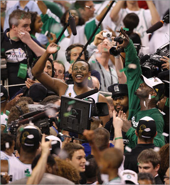 Paul Pierce celebrated after the Celtics victory.