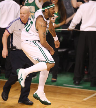 Eddie House celebrated as the final buzzer sounded.