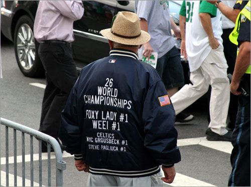 On the back of Frank from Gloucester's Yankees jacket, he pays tribute to Celtics owners Wyc Grousbeck and Steve Pagliuca... but it did him no good.