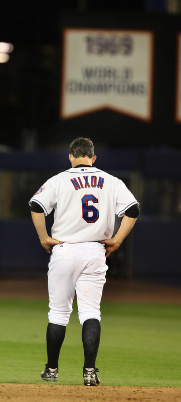 On June 13, the New York Mets acquired Nixon from the Diamondbacks in exchange for cash considerations and a player to be named later. Nixon joined the big league roster on June 15, started in right field against the Texas Rangers, and went 2 for 3 with a double, two walks, a stolen base and a run scored.
