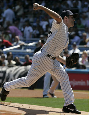 Mike Mussina got the start for the Yankees.