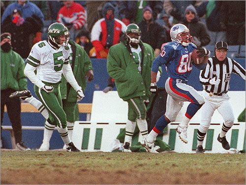 Brown earned a role as a return man on early Bill Parcells Patriots teams. Here, he outraces Jets kicker Don Silvestri after picking up a Dave Meggett fumbled kickoff return, going 75 yards for the score in a December 1995 game.