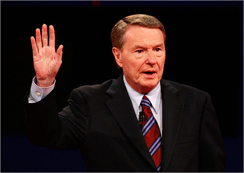 Moderator Jim Lehrer, of PBS, spoke before the debate's start.