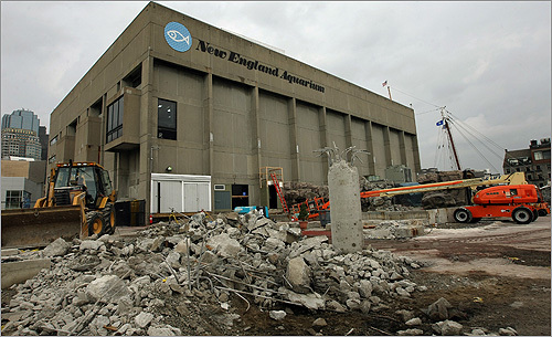 New england aquarium undergoes improvements for Construction aquarium