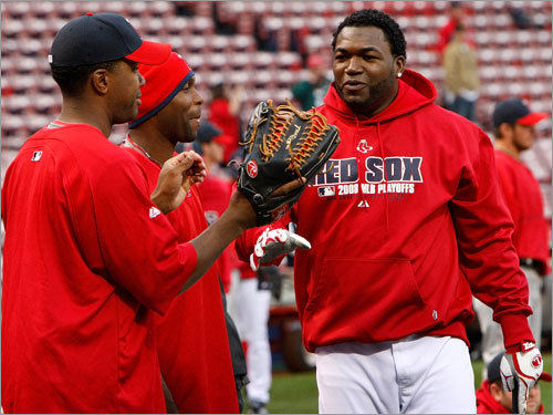Angels outfielders Garret Anderson (left) and Torii Hunter (center) talked with Red Sox DH David Ortiz (right) prior to Game 3.