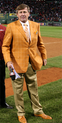 TBS reporter Craig Sager broke out the orange sport coat for Game 4. He also had the shoes to match.