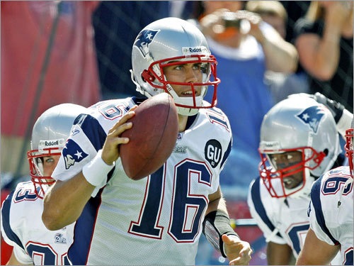 Week 1 In the Patriots' season opener, the 26-year-old Cassel got the ball when Tom Brady suffered a knee injury in the first quarter. While most of Patriots Nation was reeling from the potential loss of their franchise quarterback, Cassel performed well in a relief role , completing 13 of 18 tosses for 152 yards with 1 TD and 0 INTs, in a 17-10 win.
