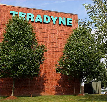 Teradyne Inc. Mass. locations: North Reading Total worldwide employees: 3,800 Total announced worldwide job cuts: 532 Total Mass. employees: 1,055 Total Mass. job cuts: Unknown On Jan. 29, 2009, the North Reading company that makes automated test equipment for semiconductors said it would slash about 14 percent of its work force and implement a temporary pay cut, the Globe reported . If the ratio of worldwide cuts was applied to Massachusetts, then almost 150 Bay State jobs could be cut. Previously on Nov. 13, 2008, Teradyne announced a workforce reduction of 185 employees.