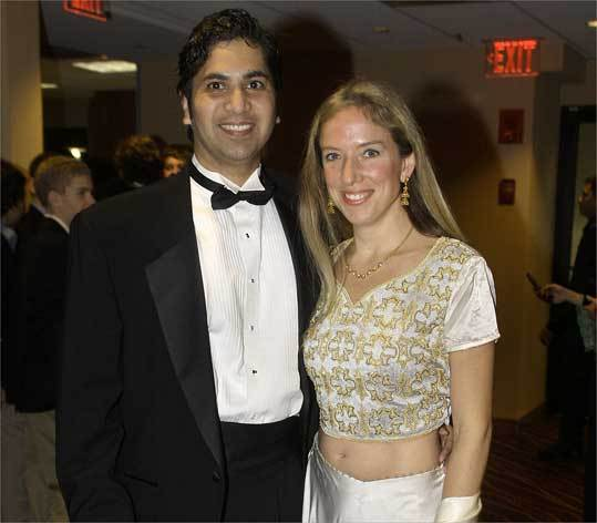 Al Kapoor and his wife, Alisa Taylor, of Weston helped the American India Foundation at a recent fund-raiser.