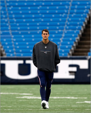 Patriots quarterback Matt Cassel walked off the field prior to the start of Sunday's game.