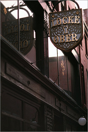 Locke-Ober, the Downtown Crossing institution, once hosted Boston's power brokers at lunchtime. The dimly lit dining areas, hand-carved mahogany bar, and seafood-heavy menu attracted lawyers and politicians from the area for more than 100 years.