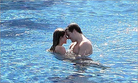 Rubbing noses with Gisele Bundchen in Mexico, Tom Brady is trying the patience of his hard-nosed fans everywhere.