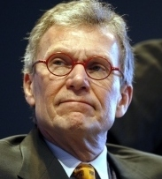 WHERE'S THE OUTRAGE? Tom Daschle (left) had failed to pay about $140,000 in taxes, mostly on a car and driver provided by an equity firm.