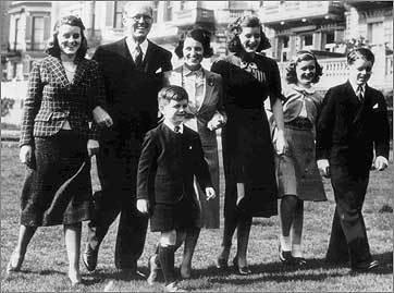 From left: Kathleen, Joseph Sr., Rose Fitzgerald, Patricia, Jean, and Bobby, with Teddy in front.