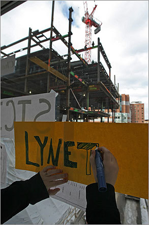 The ironworkers made a similar tribute in 1996, when they painted the names of young cancer patients on beams they used to build the Smith Research Laboratories at Dana-Farber.