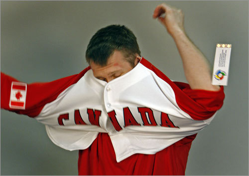 Jason Bay tried on his Team Canada jersey for the World Baseball Classic.
