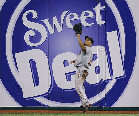 Crisp trade In the winter of 2008, the Red Sox traded Crisp to the Kansas City Royals, which manager Terry Francona called the best message the team could send Ellsbury. Unlike last season, when the two entered camp with just one job to win. In 2009, it was all Ellsbury's.