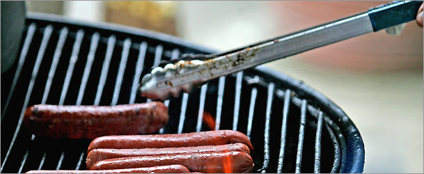 Get ready to celebrate Memorial Day (May 31) with an outdoor barbecue.