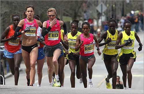 The women's lead pack climbed Heartbreak Hill.