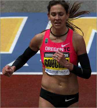 Goucher finishes less than 10 seconds behind Tune and Kosgei. She held a small lead until the final mile.