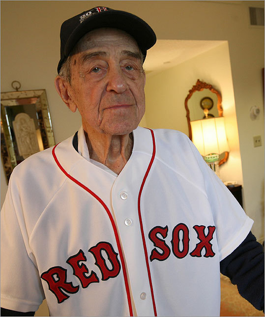 Arthur Giddon was a bat boy for the Boston Braves in 1922. Now, for his 100th birthday, the Red Sox are making him an honorary bat boy for Saturday's game.