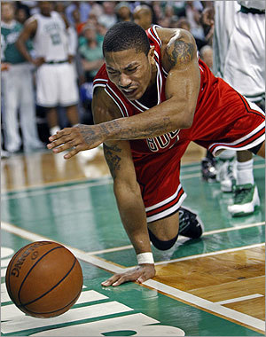 Derrick Rose reacts as he loses the ball out of bounds with the score tied at 91-91and 49.3 seconds left in regulation.