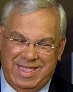 THE MAYOR OFFERS TO HELP Thomas M. Menino says that Crown Acquisitions should be able to run a quality store similar to the old Filene's Basement.