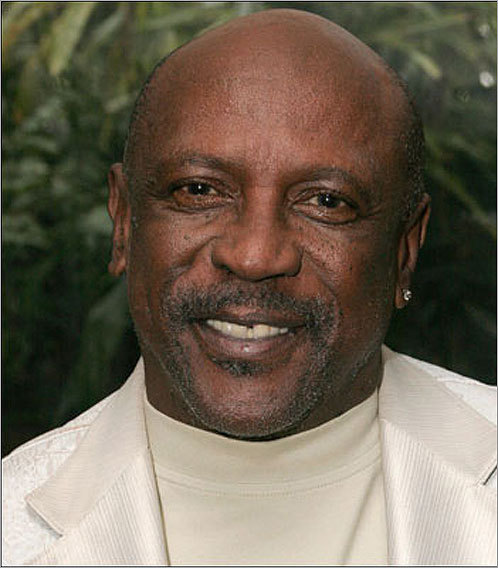 Emmy award-winning actor Louis Gossett Jr. spoke at Wheelock College's commencement on May 15 at Temple Israel.