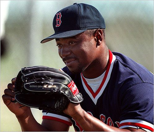 Tom Gordon The diminutive former Sox closer is better known for another pitch - a knee-buckling 12-to-6 curve - but 'Flash,' who is in his 21st season in the majors, also could dial his fastball up to the high '90s when the moment called for it. Gordon still owns the Red Sox' single-season record for saves (46), set in 1998.