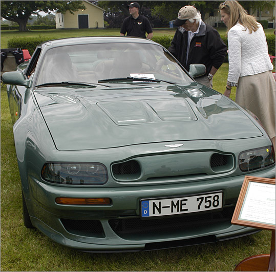 A 1999 Aston Martin V8 Vantage wasn't a pretty sight.