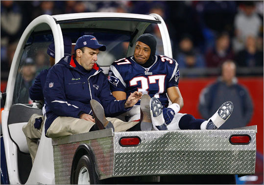 Harrison was injured during a Week 7 win over the Denver Broncos, tearing his right quad muscle. He waved to an appreciative Gillette Stadium crowd as he was being carted off the field. Two days later, the team announced he would be placed on injured reserve, ending his season and eventually his career.