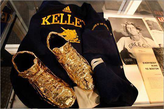 Running aficionados will enjoy the small exhibit of Boston Marathon memorabilia on display at the headquarters of the Boston Athletic Association, which includes a gilded pair of running shoes worn by two-time winner Johnny Kelley. GPS coordinates: Lat: 42.348519 Lon: -71.075372 Address: 40 Trinity Place